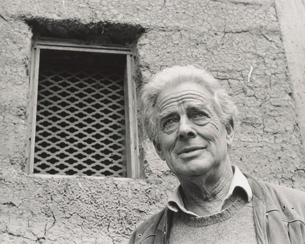 Alistair Knox c.1985, photo by Lynne Cooke